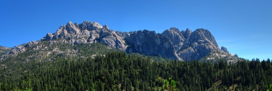 Castle_Crags_June_2007-890×300.jpg